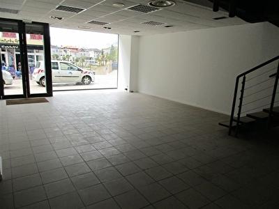 Local commercial Mont De Marsan 3 pieces 151 m2