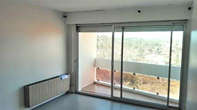 Appartement 1 piece 28 m2 Saint Pierre du Mont
