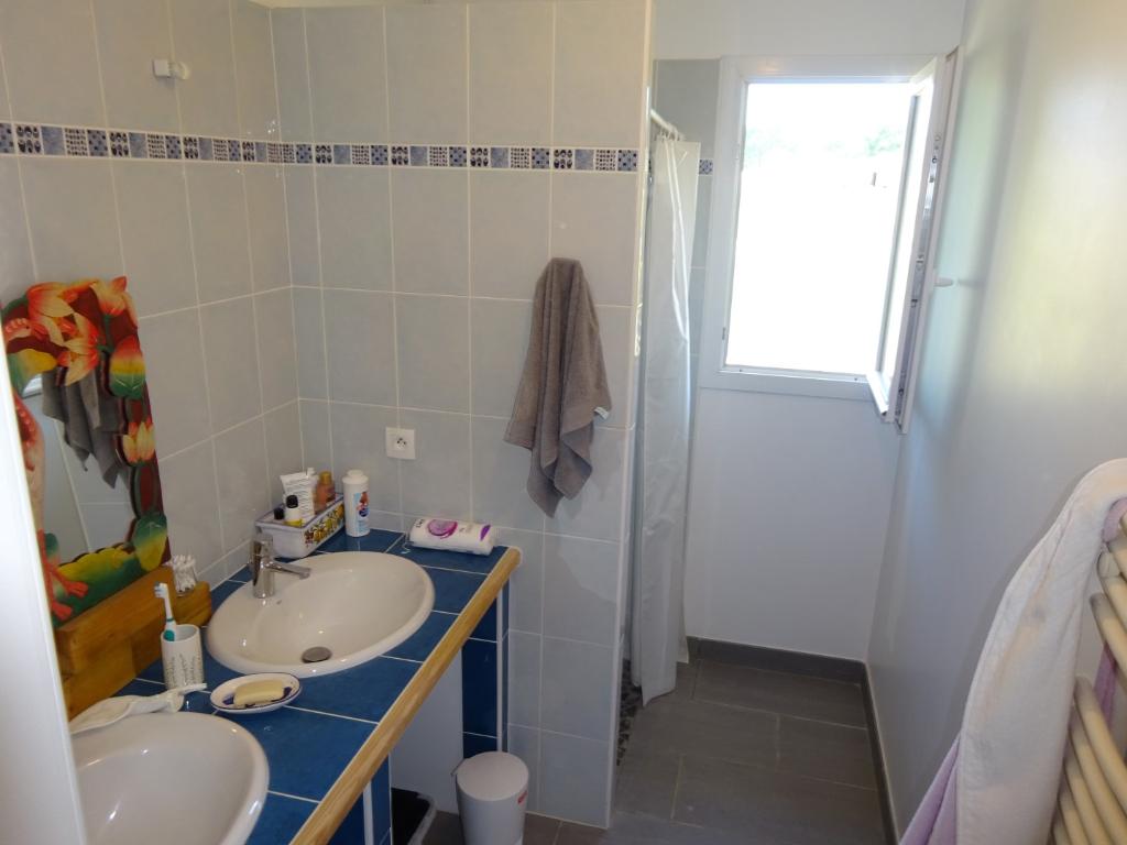Maison St Pierre Du Mont 4 pièce(s) 102.62 m², garage