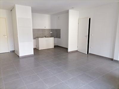 A VENDRE Appartement neuf de 2019 centre ville Mont De Marsan 1 chambre 1er etage avec ascenseur - parking