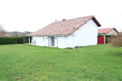 Maison Cagnotte 4 pieces 117 m2 proche Peyrehorade
