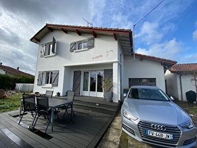 A VENDRE Maison Castor Mont De Marsan 4 chambres garage