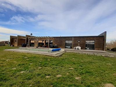 A vendre Maison Larriviere St Savin (20 min Mont de Marsan) 4 chambres piscine, garage vue Pyrenees