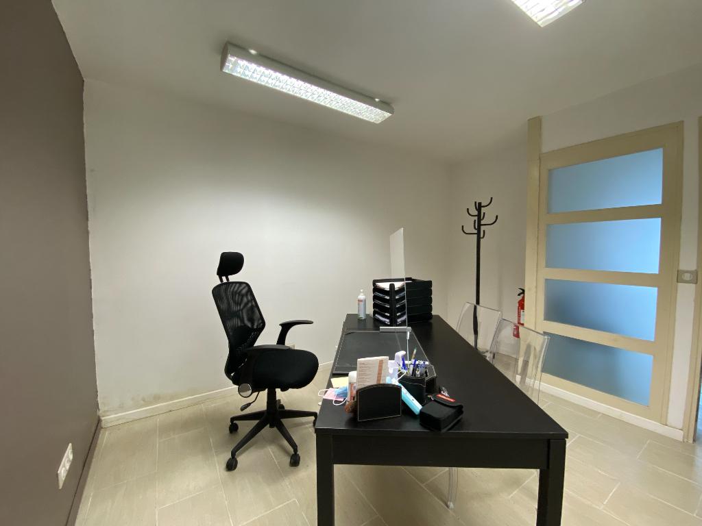 A VENDRE Immeuble Saint Sever Appartement et Local
