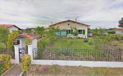 A VENDRE Maison de plain-pied Ygos Saint Saturnin (Nord-Ouest de MONT DE MARSAN) 3 chambres veranda garage
