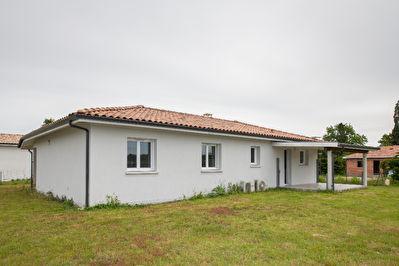 A vendre Maison Uchacq Et Parentis (5min de Mont de Marsan) plain-pied 4 chambres