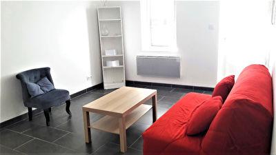 A LOUER Maison Meublee Mont De Marsan 1 chambre et mezzanine