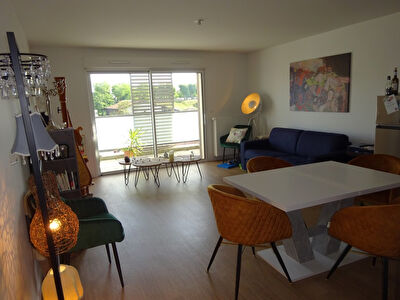 A louer Appartement Mont De Marsan, 70 m2, 2 chambres, terrasse, parking couvert