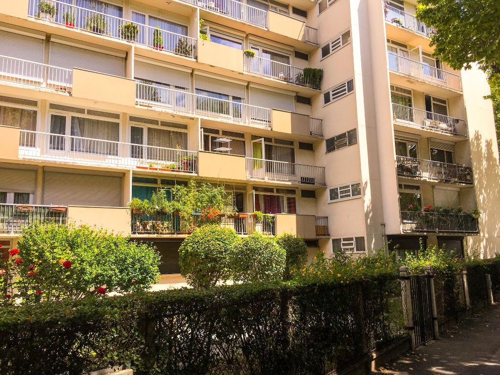 Appartement Saint Denis 3 pièce(s) 52,74 m2