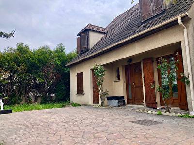 Maison Villetaneuse 7 pieces 135 m2