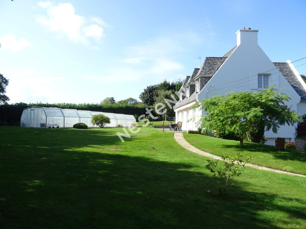 photos n°1 Maison 172 m² avec piscine Lannion