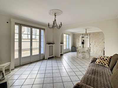 Maison Mery-sur-oise 3 suites sejour double 140M2