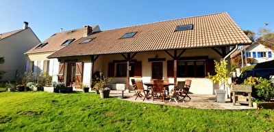 Maison Mery Sur Oise 6 pieces 173.7 m2