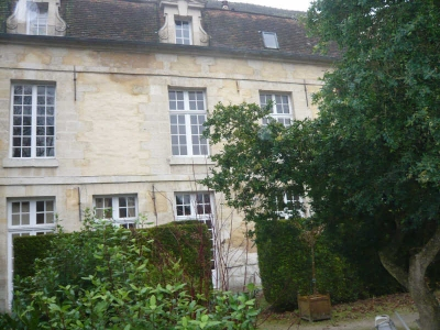 APPARTEMENT ANCIEN SENLIS - 6 pieces - 106 m2