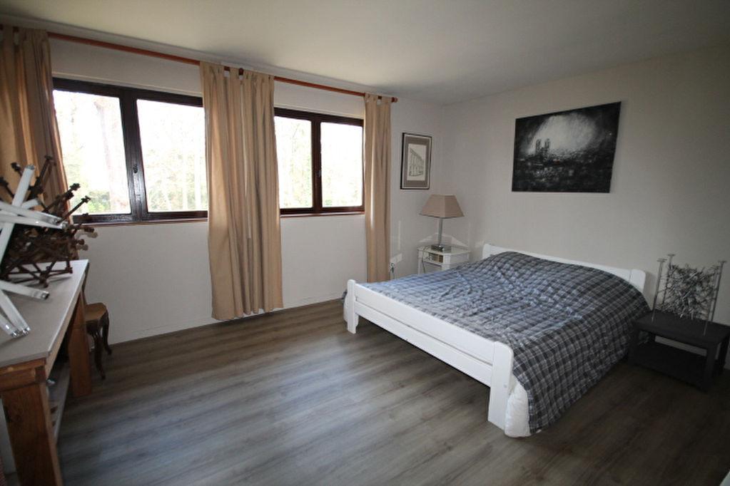 CHAUMIERE LAMORLAYE - 7 pièce(s) - 300 m2
