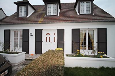 Maison Villers Sous Saint Leu 7 pieces 128 m2