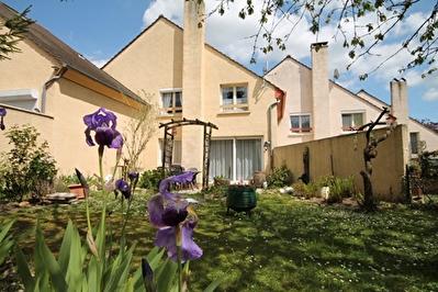Maison Chantilly 5 pieces 92,03 m2