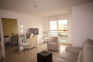 Appartement Saint Maximin 3 pieces 53,5 m2