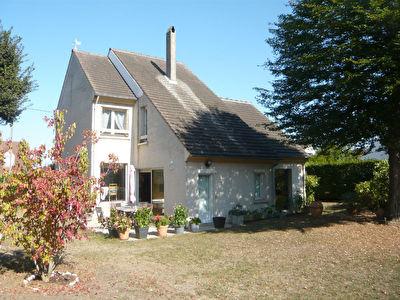 Maison Chantilly 7 pieces 152 m2