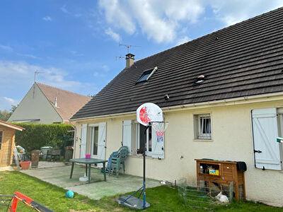 Maison Villers Sous Saint Leu 6 pieces 130 m2