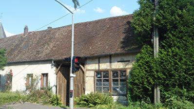 Maison ancienne proche Beauvais 5 pieces 110m2 habitables 3 chambres jardin 700m2 dependance cave