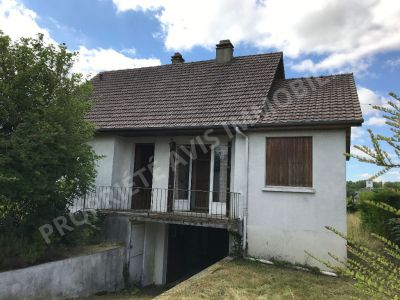 Maison  proche Noailles 4 pieces 2 chambres 69 m2 habitables 1000m2 jardin