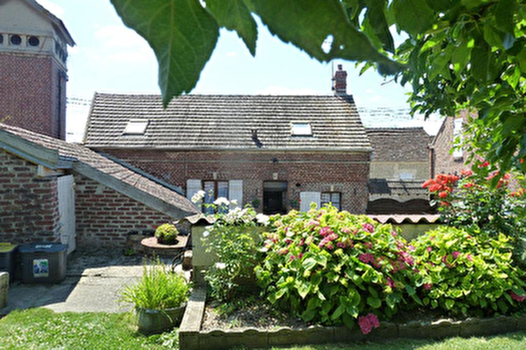 Maison Beauvais, 6 pieces, 93 m2, 500 m2 de jardin