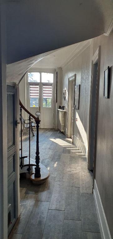 Maison 199m² 6 pièces 4 chambres