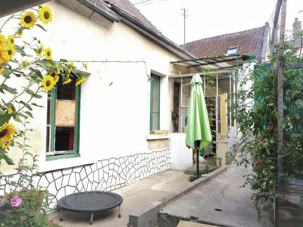 Noailles proche maison 90m², 4 pièces, jardin.