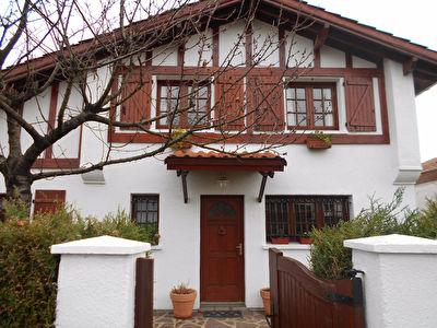 Maison Hendaye 5 pieces 102,06 m2