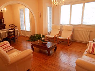 Appartement  5 pieces 81,85 m2