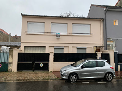 Issy Les Moulineaux - 5 pieces - 90 m2