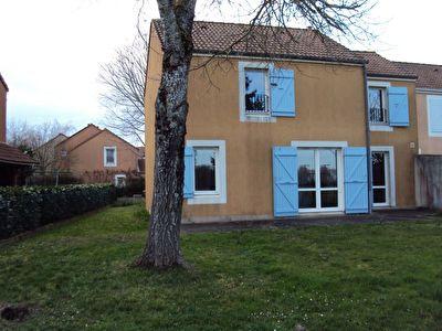 Maison Poitiers 4 pieces loue