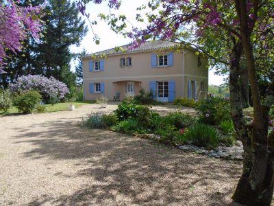 Maison Quincay 6 pieces 266,83 m2