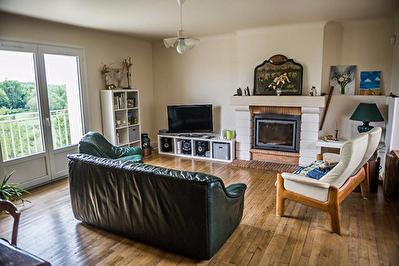 Maison Quincay 9 pieces 214.73 m2 retire