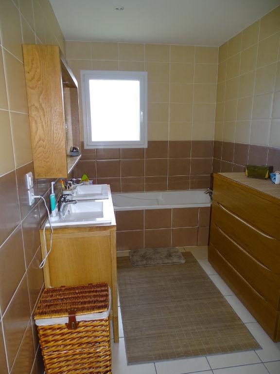A vendre Maison récente à Marcay avec 5 chambres
