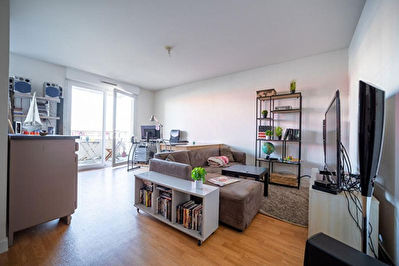 A vendre appartement T2 loue a Poitiers Saint Eloi