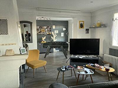 A vendre maison avec rapport locatif a Poitiers secteur Campus