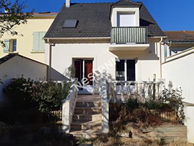 Maison Nanterre 5 pieces de 170 m2
