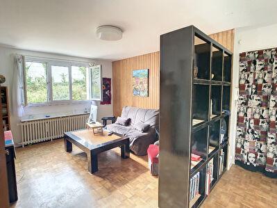 NANTERRE:  Appartement de 3 pieces  de 47 m2