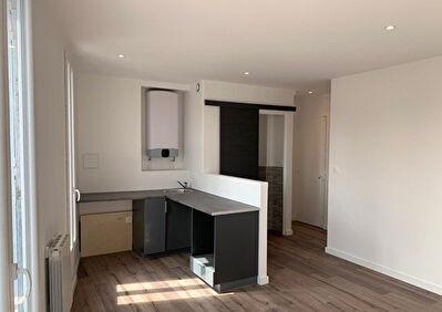 NANTERRE : Appartement de 2 pieces en parfait etat