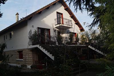 Maison Sannois 8 pieces 204.07 m2