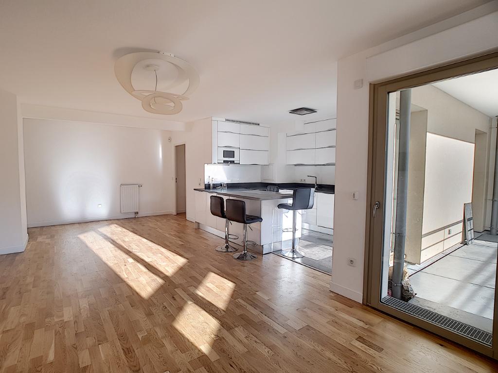 photos n°1 Gare Ermont Eaubonne, Appartement 4 pièces 100.90 m2 avec terrasse et deux parkings