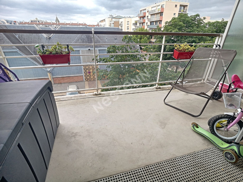 Appartement Ermont 3 pièce(s) - 30 secondes gare - BBC - 2 places de parking en sous-sol