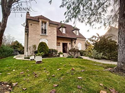 Maison en Pierre de Taille 167m2 CERNAY  / 5 chambres