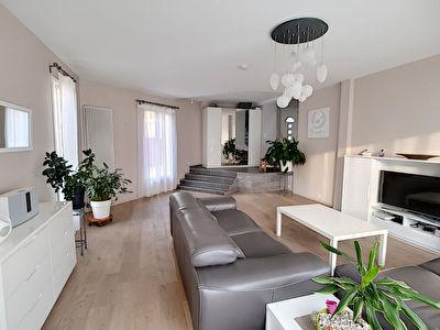 Maison Ermont 7 pieces - 100 metres gare Ermont Halte et 1.2 km gare Ermont Eaubonne - 4 chambres -