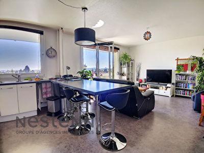 Appartement Ermont 3 pieces - 71 m2 - 2 chambres - balcon - parking - ascenseur - gardien