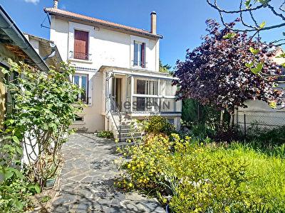 Maison Argenteuil 4/5 pieces 106 m2 avec jardin, garage, sous-sol et studio independant