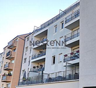 Appartement Hyper Centre-ville d'Ermont 2 pieces - 38.69 m2 - Terrasse - Parking sous-sol - Immeuble de 2012 - Rue de Stalingrad