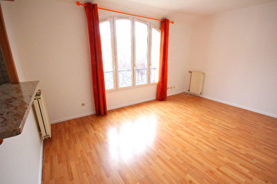 Appartement Courdimanche 2 pieces 41.47 m2
